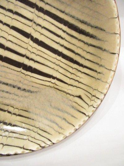 画像3: 山根窯 灰釉スリップウェア丸皿