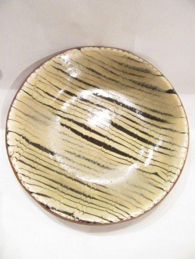 画像1: 山根窯 灰釉スリップウェア丸皿