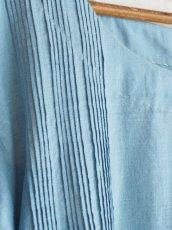 画像5: maku textiles インディゴ染めカディーピンタックワンピース G1656 (5)
