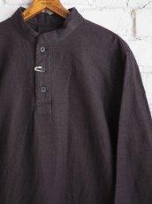 画像4: YAECA 【WOMEN'S】 (60130) 別注ログウッド染め カディコットンクルタシャツ (4)