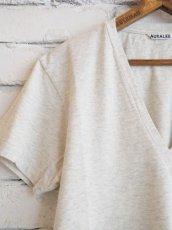画像2: AURALEE (レディース) シームレスVネックTシャツ (2)