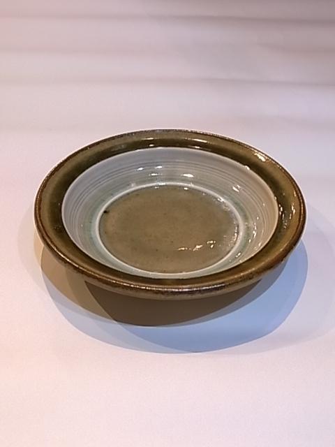 画像1: 出西窯 縁付皿6寸 (1)